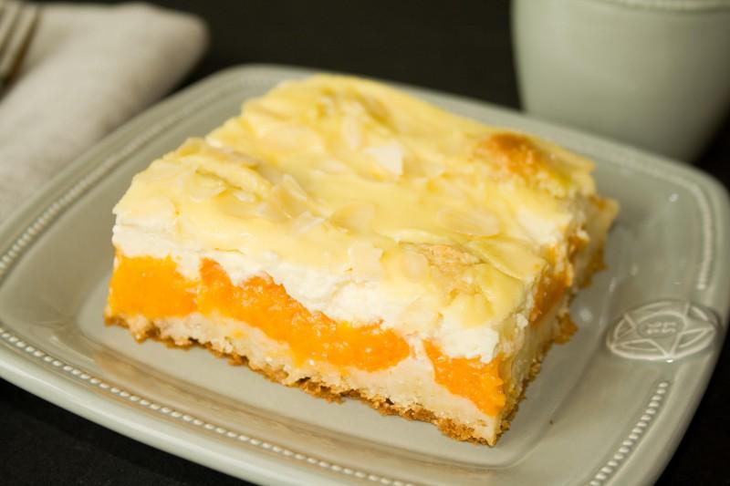Apricot Almond Cake | www.morethansauerkraut.com